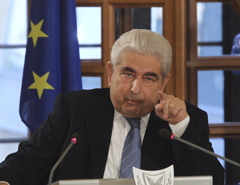 L'ancien président de Chypre, Demetris Christofias, est jugé politiquement responsable de l'effondrement économique de l'île par la commission parlementaire chargée de définir les responsabilités dans la crise.