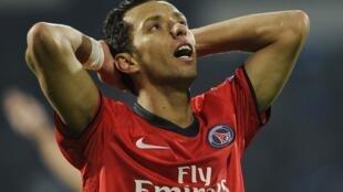 O brasileiro Nenê, meia-atacante do PSG.
