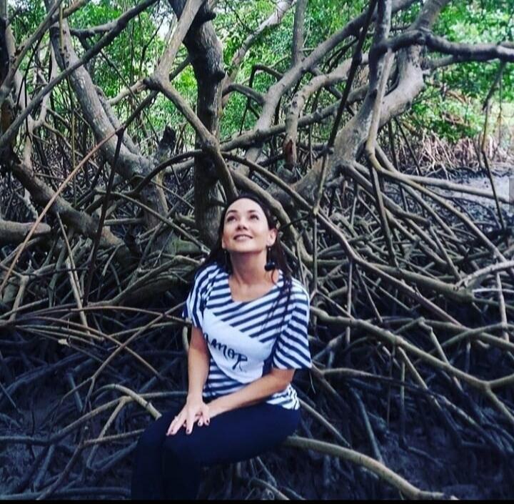 Rafaela Camargo Maia estuda os manguezais há mais de 20 anos  e é professora do Instituto Federal do Ceará.