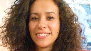 La cantante argentina La Yegros en los estudios de RFI en París.