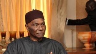 Le gouvernement du président Macky Sall a entrepris de rechercher les biens placés à l'étranger durant la présidence de 12 ans d'Abdoulaye Wade (photo).