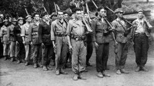 Combattants algériens de l'ALN (Armée de libération nationale), branche armée du Front de libération nationale (FLN), le mouvement indépendantiste algérien.