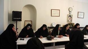 """نشست """"ائتلاف اسلامی زنان"""" برای طرح مطالباتشان  از کاندیداهای ریاست جمهوری علیه تبعیضهای جنسیتی"""