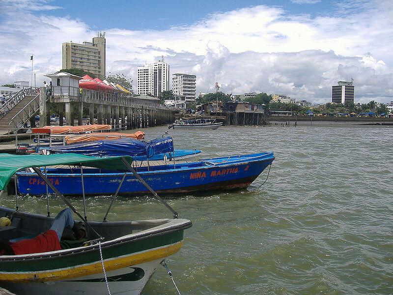 Buenaventura es el puerto más importante sobre el Pacífico y el más importante de Colombia por el volumen de carga que mueve.