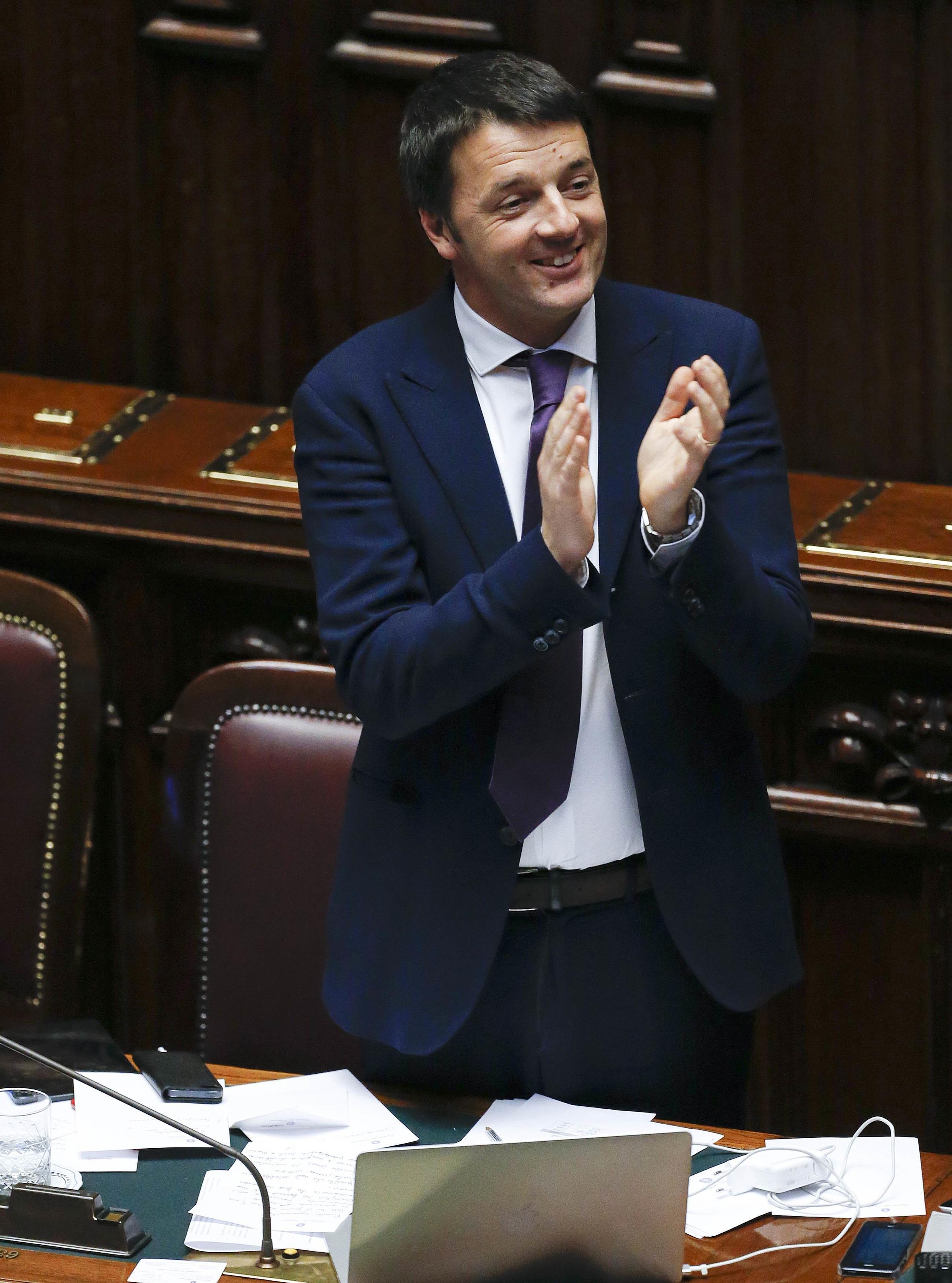O novo chefe de governo italiano Matteo Renzi conquistou o voto de confiança dos deputados.
