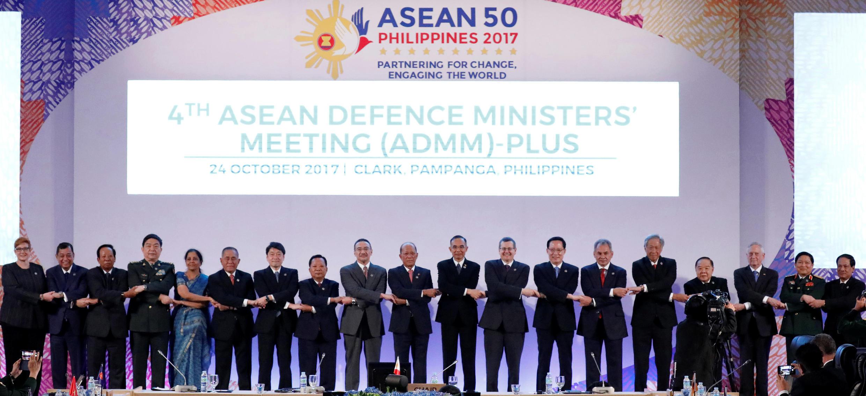 Tại hội nghị bộ trưởng Quốc Phòng ASEAN mở rộng tại Philippines, ngày 24/10/2017, Trung Quốc đề nghị tổ chức tập trận chung với ASEAN.