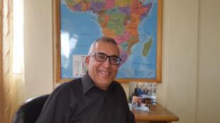 Docteur Lakhdar Boukerrou, professeur à l'Université Internationale de Floride (FIU), directeur régional du Programme USAID Afrique de l'Ouest pour l'approvisionnement en eau, l'assainissement et l'hygiène.