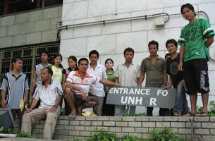 Một nhóm người Thượng Việt Nam xin Cao ủy Tỵ nạn LHQ ở Bangkok cấp quy chế tỵ nạn - DR