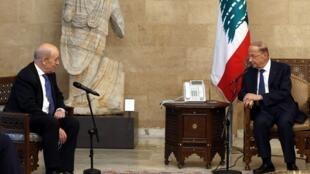 Jean-Yves Le Drian et Michel Aoun