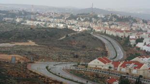 Ariel est l'une des plus importantes implantations établies par Israël en Cisjordanie.