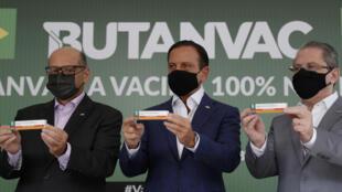 Presentación de la vacuna ButanVac, candidata brasileña contra el covid-19, en el Instituto Butantan de Sao Paulo, el 26 de marzo de 2021