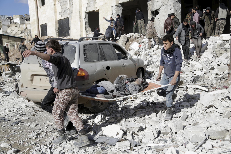 Tại thành phố Maaret al-Noomane  thuộc tỉnh Iblid, tây bắc Syria, 09/01/2016.