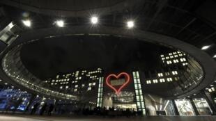Здание Европарламента в Брюсселе 17/12/2012
