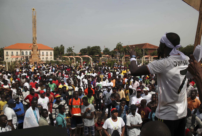 Os jovens do Movimento prometem intensificar a luta e anunciam uma manifestação já no próximo sábado em Bissau.