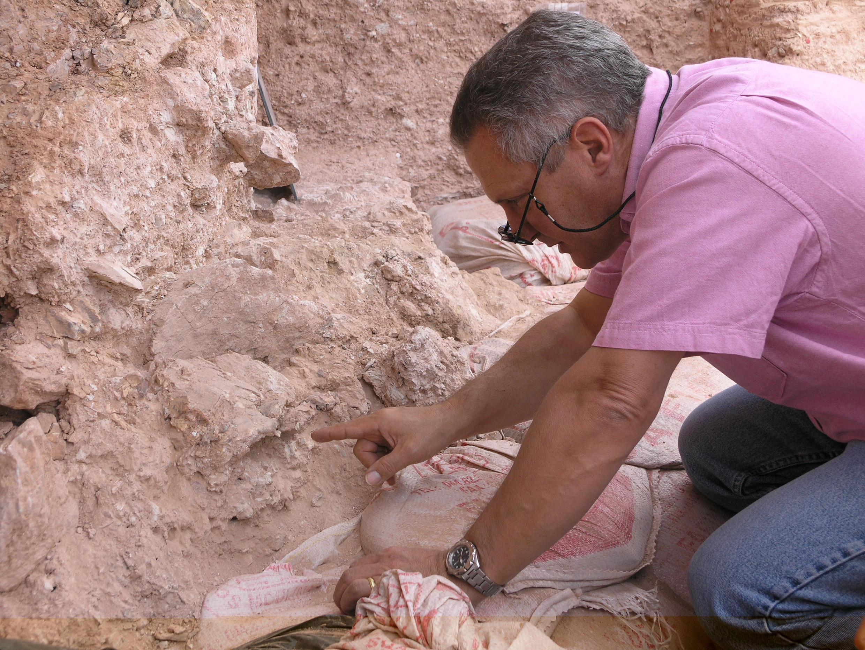 Le Français Jean-Jacques Hublin, directeur du département d'Evolution humaine à l'Institut Max Planck de Leipzig (Allemagne) et son équipe ont annoncé avoir mis au jour au Maroc des restes d'Homo sapiens datant de 300 000 ans, le 8 juin 2017.