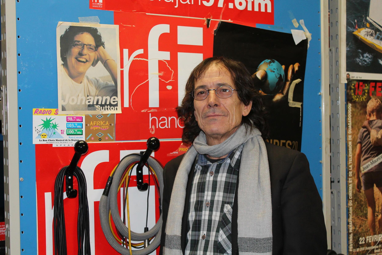 Technicien de reportage à RFI, Médard Chablaoui sait s'adapter à toutes les situations.