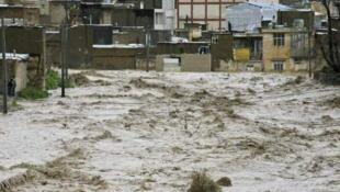 دستور خروج شصت هزار نفر از ساکنان اهواز صادر شد