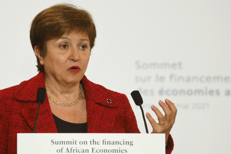Según una investigación independiente, la directora del FMI, Kristalina Georgieva, presionó a funcionarios del Banco Mundial para modificar datos a favor de China mientras  era directora ejecutiva de la institución