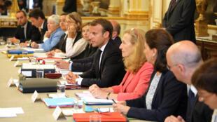 El presidente francés Emmanuel Macron en el Consejo de ministros en el Palacio del Eliseo. París, 5 de septiembre de 2018.