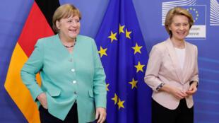 2020年7月8日,德國總理默克爾與歐盟委員會主席馮德萊恩在布魯塞爾會晤。