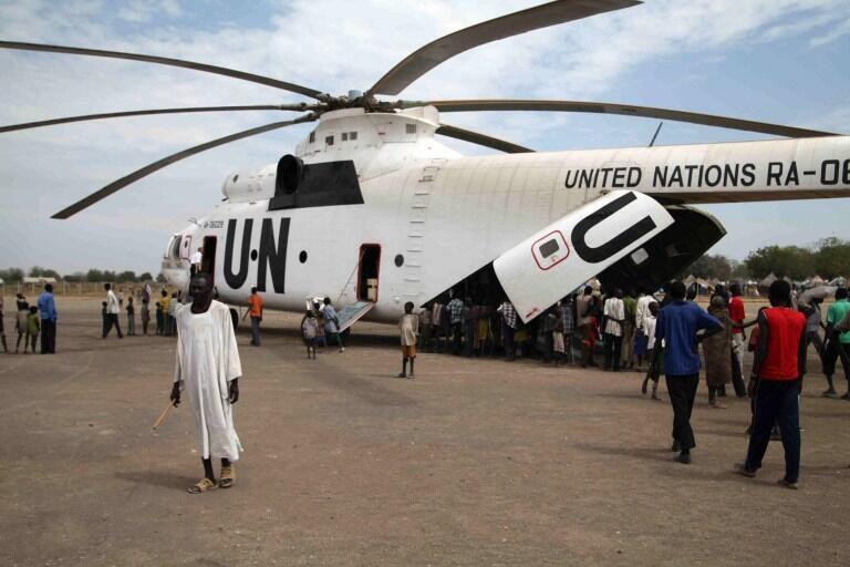 L'armée du Soudan du Sud reconnaît avoir abattu «par erreur», un hélicoptère de l'ONU, dans l'Etat de Jonglei, le 21 décembre 2012.