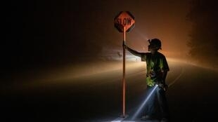 آتشسوزی وسیع در سه ایالت اورگان، کالیفرنیا و واشنگتن دهها کشته و مفقود بر جای گذارده است. دود ناشی از آتشسوزی شرایط عبور و مرور و مدیریت جادهای را با دشواری روبرو کرده است.