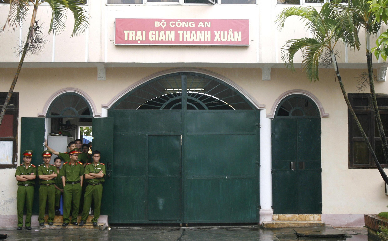 Trại giam Thanh Xuân. Các cựu tù chính trị chỉ trích điều kiện giam giữ trong các nhà tù Việt Nam.