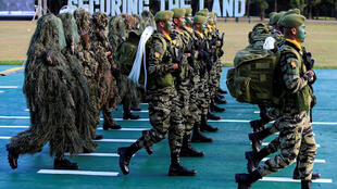Diễn hành nhân lễ kỷ niệm 120 năm ngày thành lập quân đội Philippines, Manila, ngày 04/04/2017.