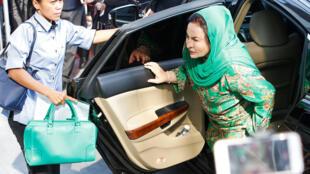 Bà Rosmah Mansor, phu nhân cựu thủ tướng Malaysia Najib Razak, đến Ủy Ban Chống Tham Nhũng Malaysia (MAAC) tại Putrajaya, Malaysia, ngày 26/09/2018.