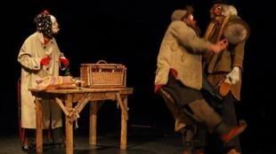 Le spectacle « Les clowns » au Théâtre de la Cité Internationale.