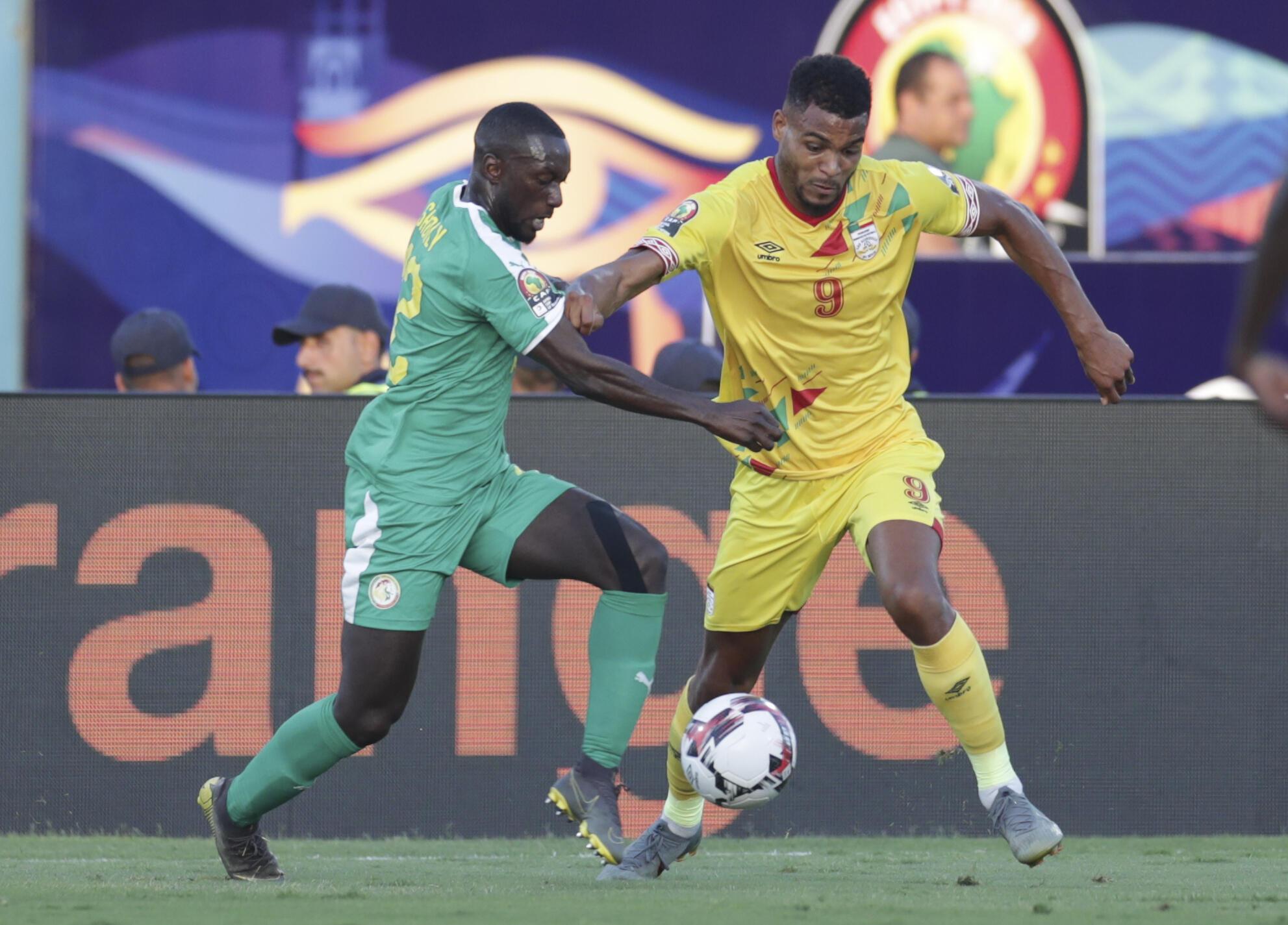 PHOTO Sénégal-Bénin 2019 - Youssouf Sabaly & Steve Mounié
