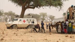 La Minusma lors d'une opération civilo-militaire tente une médiation entre les villages de Yorou et Sabaré.