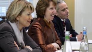 Глава европейской дипломатии Кэтрин Эштон на переговорах по иранской ядерной программе в Женеве 22/11/2013