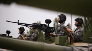 Quân đội Trung Quốc tập trận, ngày 22/07/2014.