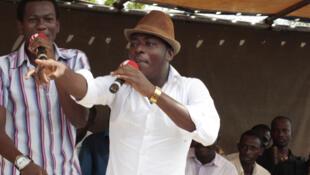 Barabas et Master Just (Toofan) à l'Université de Lomé en avril 2007