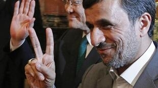 O presidente iraniano, Mahmoud Ahmadinejad, em Hanói, Vietnã, nesta sexta-feira.