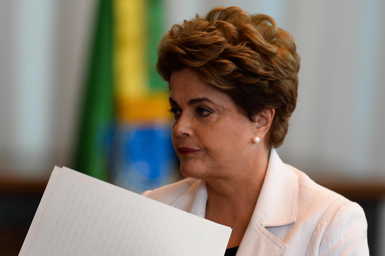 Dilma Rousseff a lu une lettre devant la presse, le 16 août 2016, dans laquelle elle fustige le processus de destitution enclenché à son encontre.