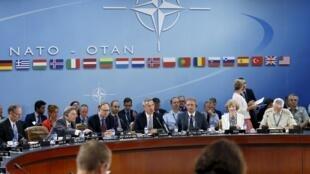 Reunión de emergencia de los países miembros de la  OTAN, el 28 de julio del 2015 en Bruselas. REUTERS/Francois Lenoir