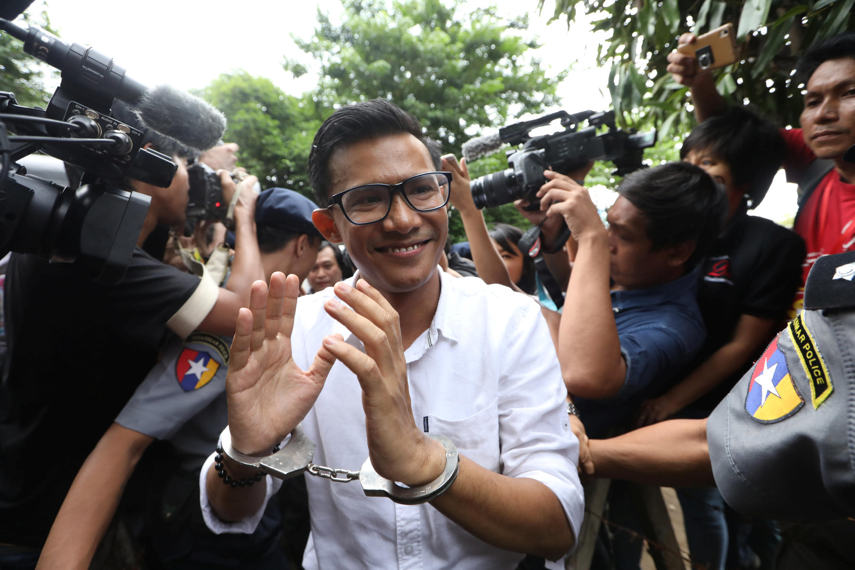 Nhà báo Kyaw Zaw Linn, tổng biên tập tuần báo Eleven Media bị bắt do bài phóng sự chỉ trích thống đốc Rangoon, một người thân cận bà Aung San Suu Kyi. Ảnh ngày 10/10/2018.