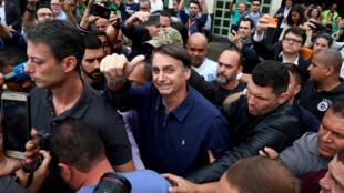 """""""ژئیر بولسونارو""""، افسر پیشین ارتش برزیل و مدافع سرسخت دورۀ دیکتاتوری نظامی در این کشور"""
