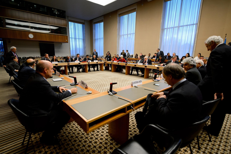Réunion préparatoire de la conférence de Genève 2 dans les bureaux de l'ONU. Genève, le 20 décembre 2013.