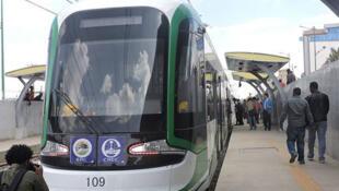 Une rame du tramway d'Addis Abeba