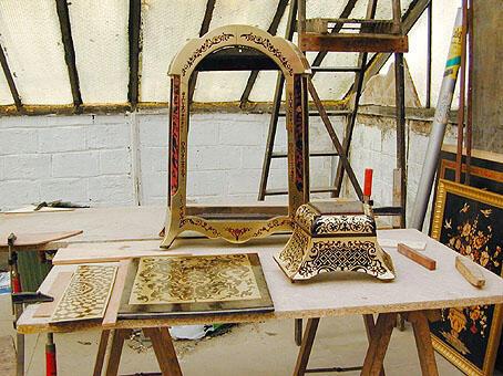 La restauración de objetos, una actividad siempre en voga.