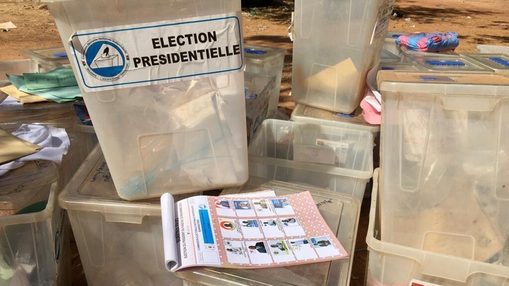 Burkina Faso: les électeurs entre inquiétude et impatience avant l'annonce des résultats