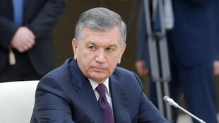 Le président ouzbek Chavkat Mirzioïev (ici le 26 décembre 2017 en Russie) a affaibli le pouvoir de Roustam Inoïatov en nommant l'année dernière ses alliés aux postes-clés de ministres de la Défense et de l'Intérieur.