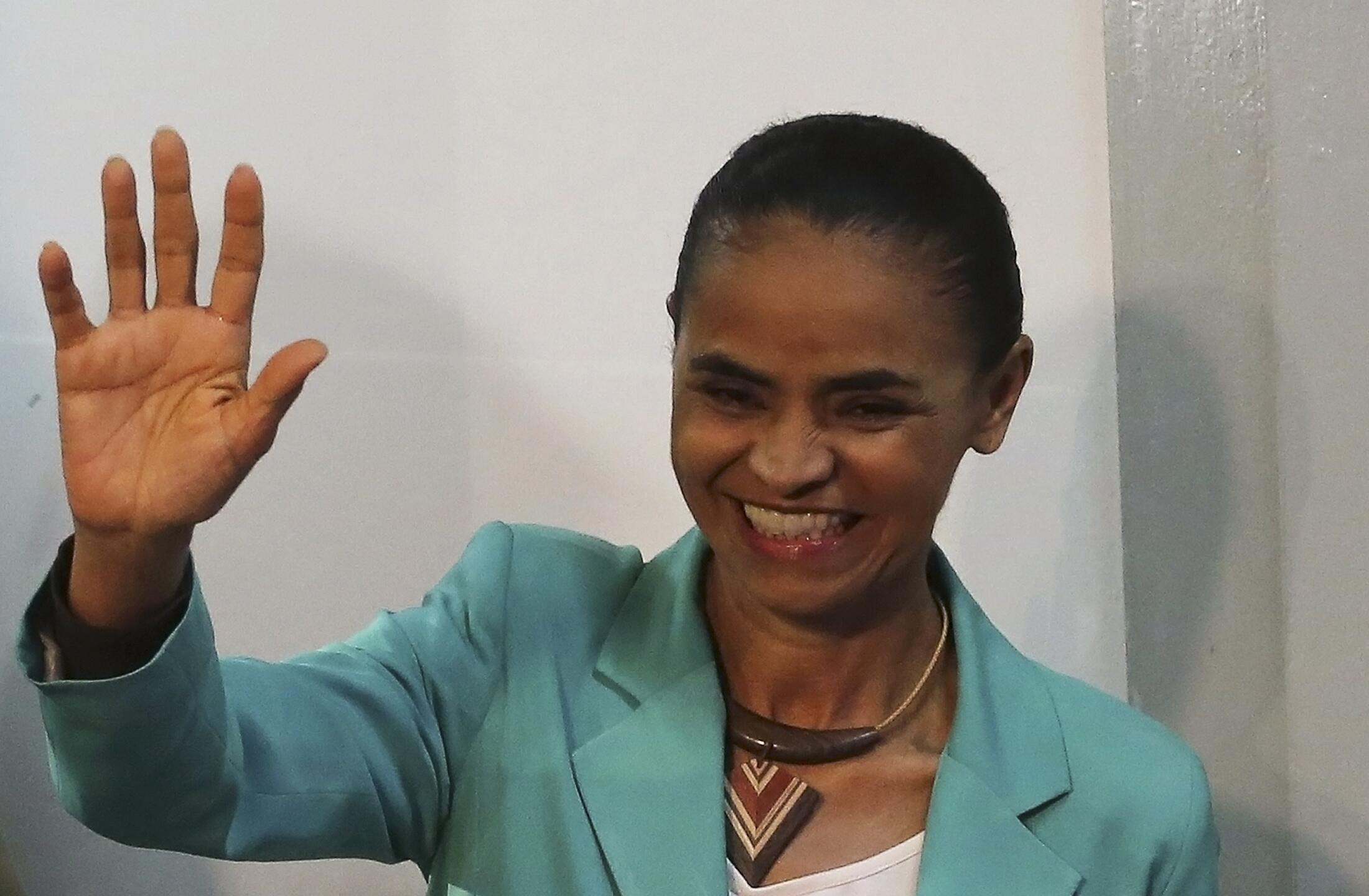 A candidata do PSB a presidente, Marina Silva, lidera a disputa em três estados do País: Acre, São Paulo e Espírito Santo.