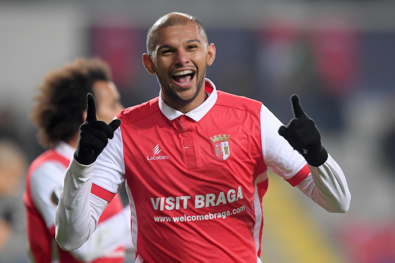 Jogador do SC Braga, Raul Silva, deixa explodir a sua alegria depois de marcar contra o Basaksehir Istanbul ontem no estádio de Istambul.