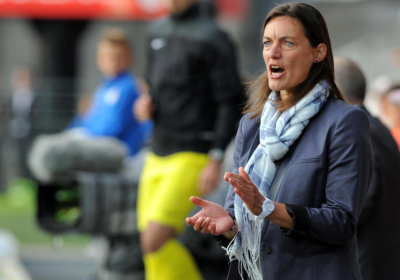 Corinne Diacre, la sélectionneuse de l'équipe de France féminine de football.