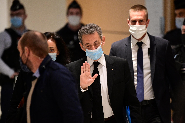 Экс-президент Николя Саркози в парижском суде, 7 декабря 2020