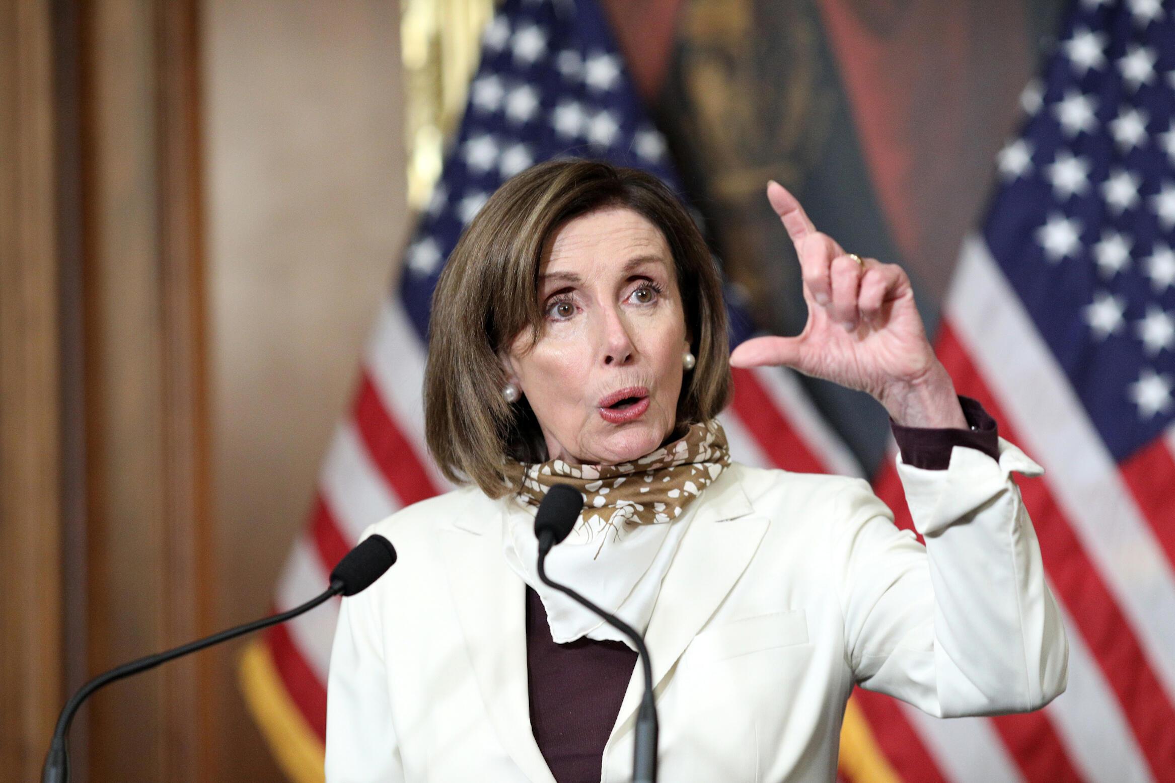 A Câmara dos Representantes do Estados Unidos, a democrata Nancy Pelosi, durante a sessão que aprovou, nesta quinta-feira 23 de avril de 2020, o novo pacote de ajkuta para enfrentar os efeitos da crise do coronavírus no país.